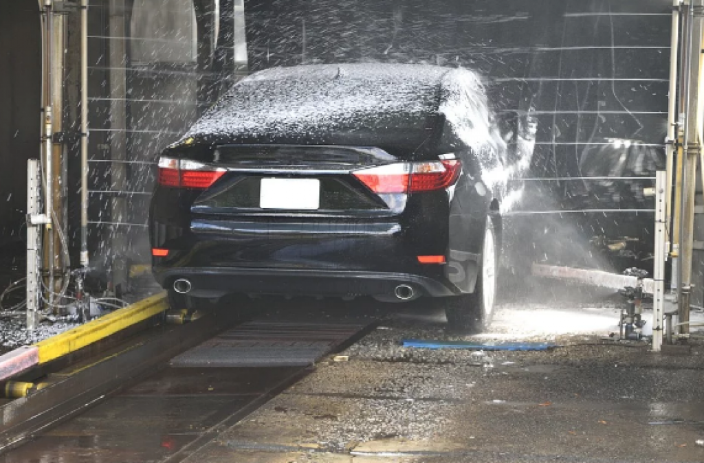 What to Look Out for When Choosing a Car Wash Near Me